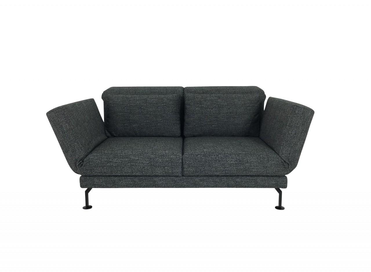 Brühl MOULE MEDIUM Sofa 2 mit Drehsitzen in Stoff anthrazit Kufen schwarz und Rollen hinten