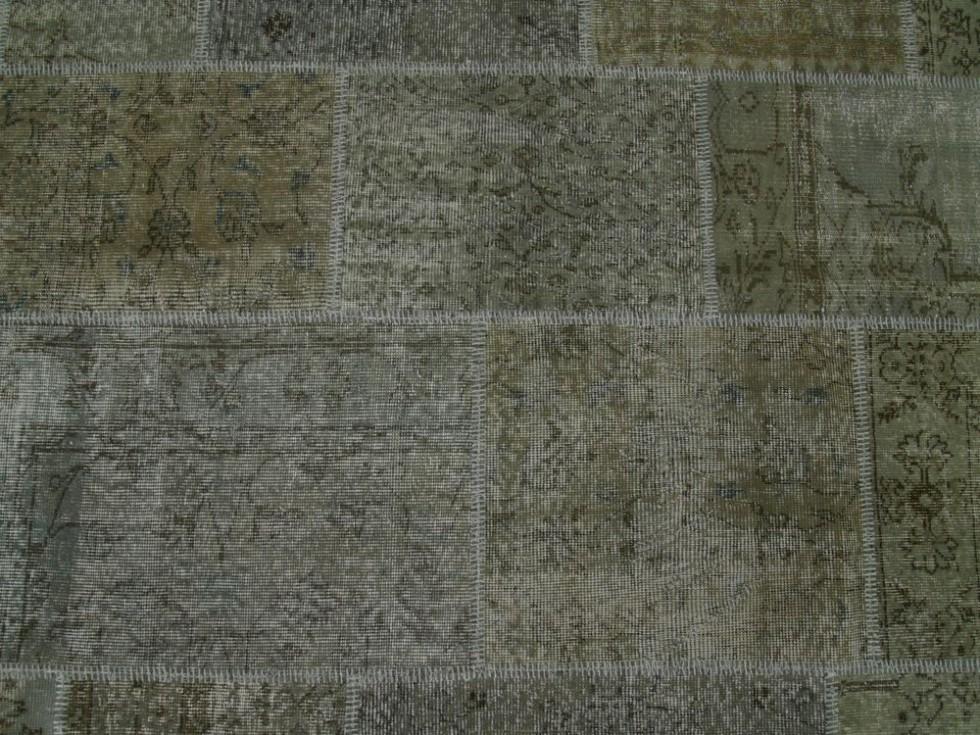 SARTORI KARMA PATCH Vintage Teppich in grau Tönen