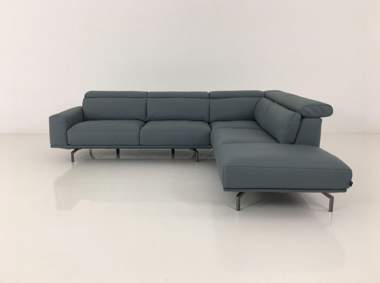 ewald schillig brand amante ecksofa mit elektrischen sitzvorzug im leder stone ewald schillig. Black Bedroom Furniture Sets. Home Design Ideas