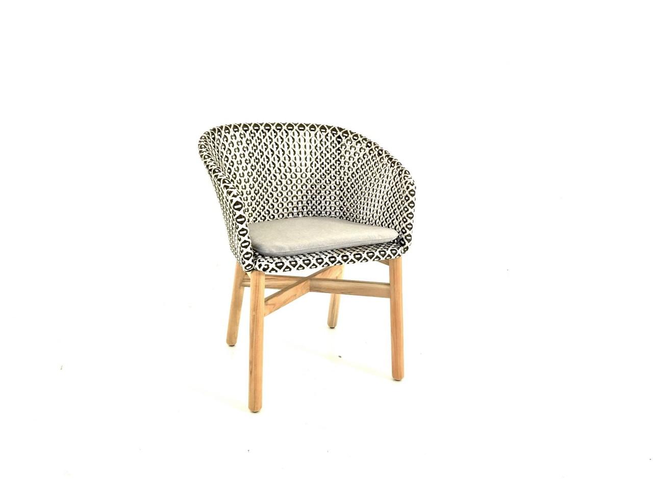 Dedon MBRACE ARMCHAIR Armlehnstuhl in der Farbe pepper mit Sitzkissen im Stoff 452 cool taupe