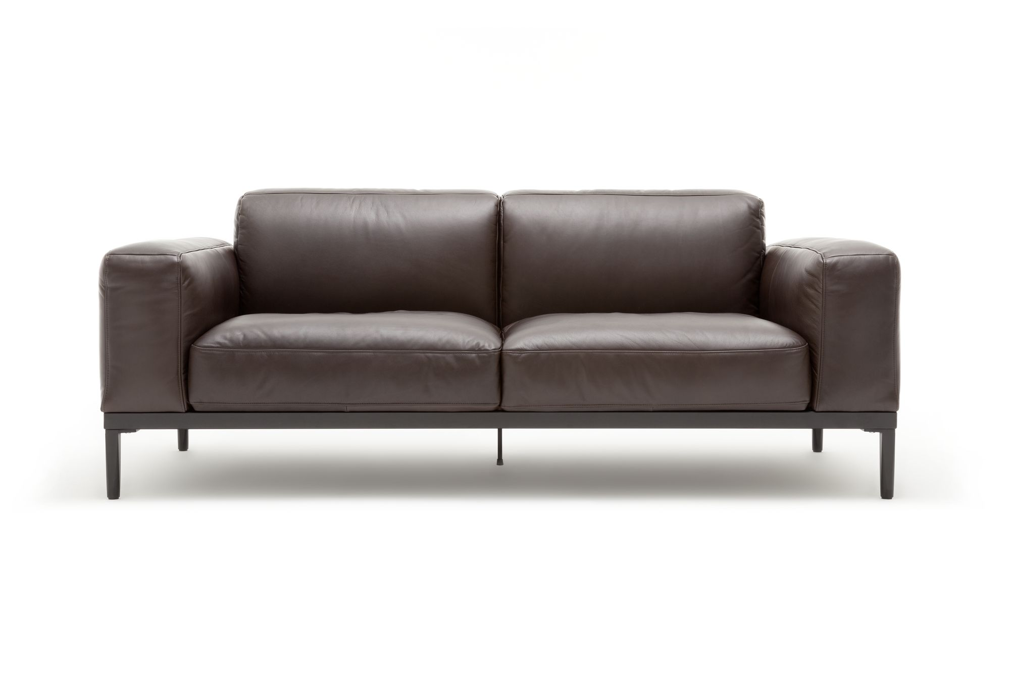 freistil 167 rolf benz sofa im dunkelbraunen leder. Black Bedroom Furniture Sets. Home Design Ideas