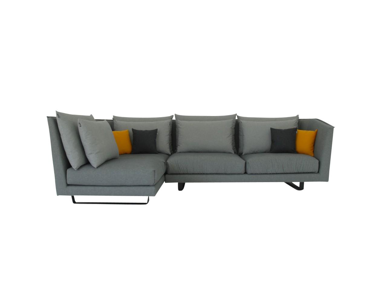 freistil 169 Rolf Benz Lounge Sofa in grauen Stoff mit vielen Kissen