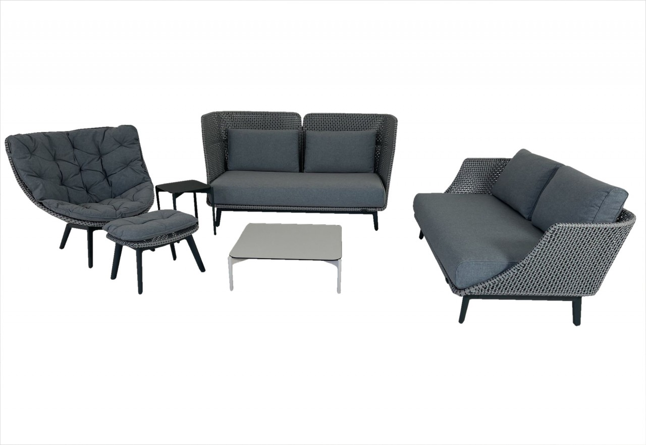 DEDON MBARQ Sofas mit MBRACE WING CHAIR ALU Hochlehnsessel in baltic im Set