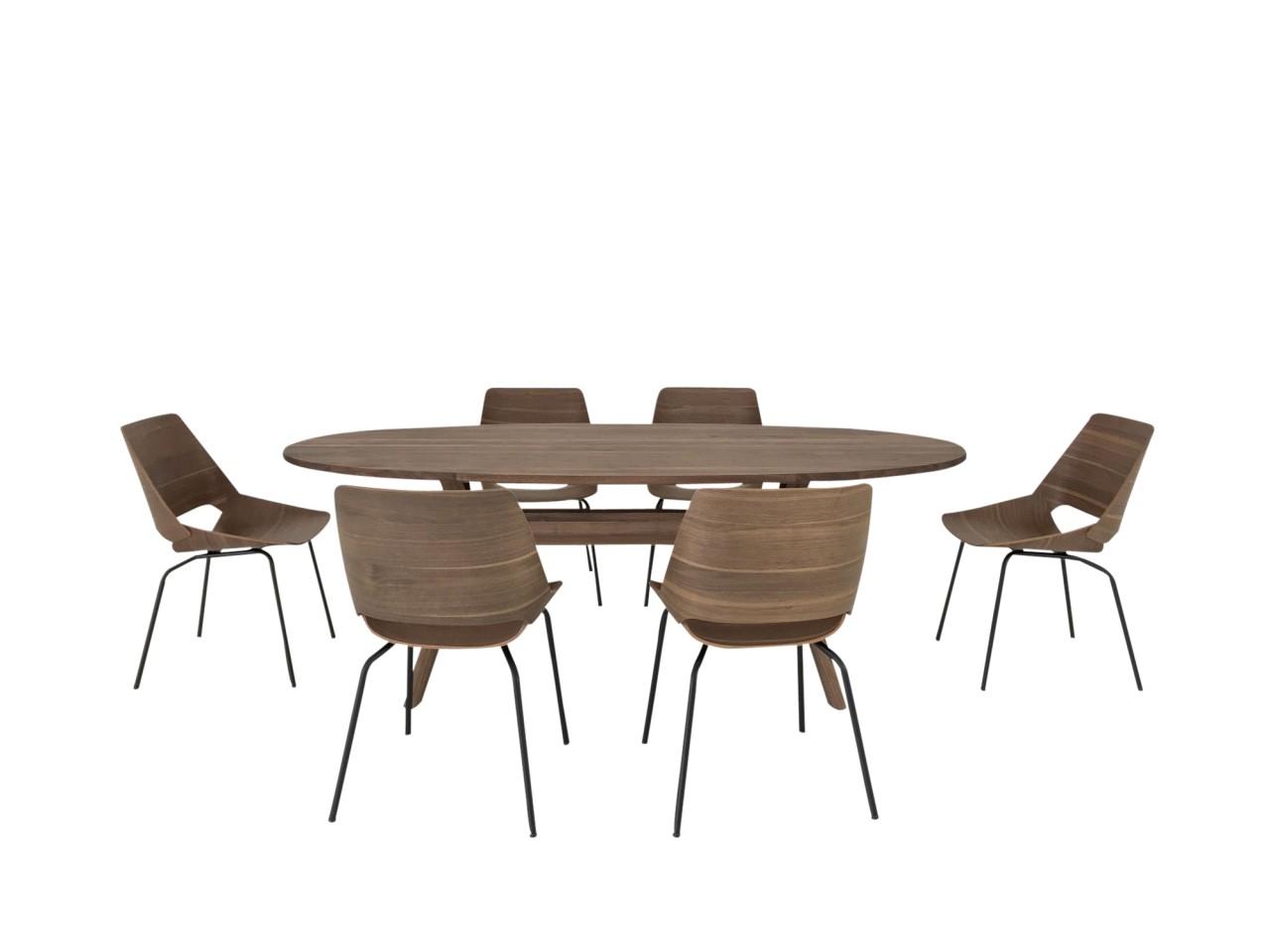 ROLF BENZ Essplatz mit ovalen 965 Esstisch in Nussbaum und 6 Stück 650 Stühlen in Nussbaum
