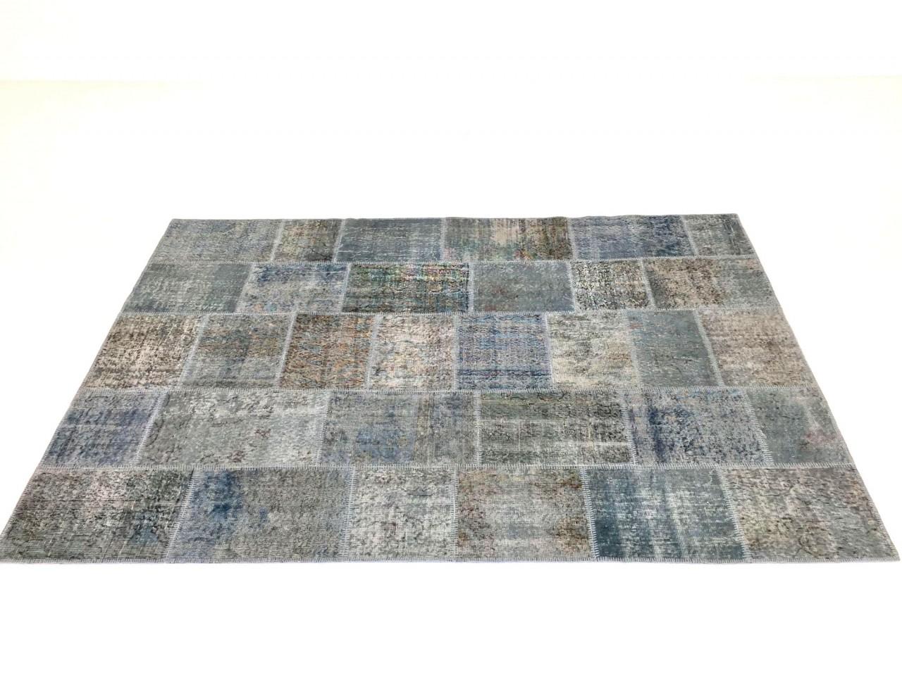SARTORI KARMA PATCH Vintage Teppich in blaugrau Farbtönen