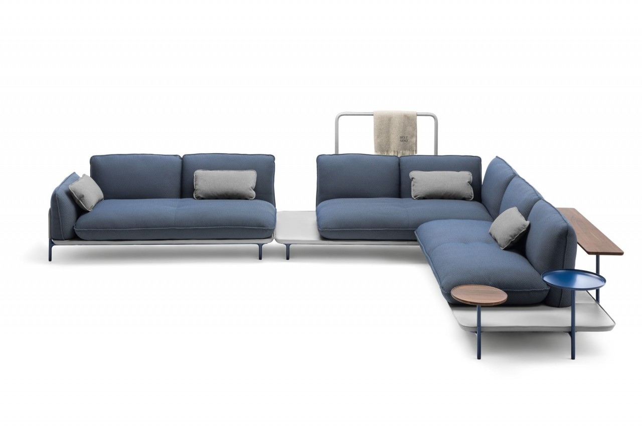 Rolf Benz ADDIT Sofa Landschaft in Stoff saphierblau mit Regalen in Nussbaum mit Rahmen Leder grau