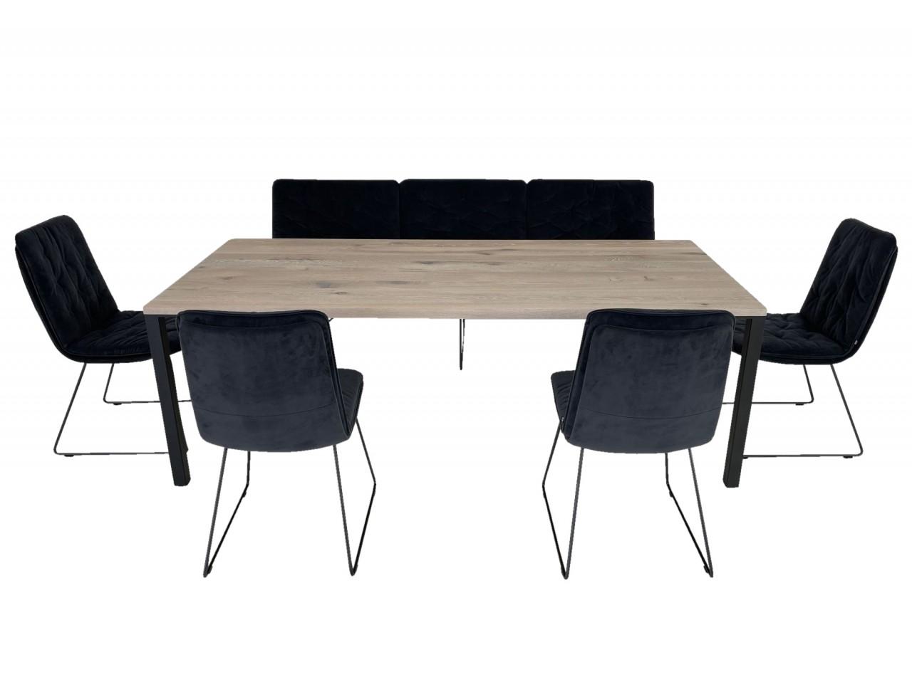 KFF ARVA STITCH EDITION Sitzbank und Stühle in Samt mit ASCO FERRO LINE Esstisch in Eiche