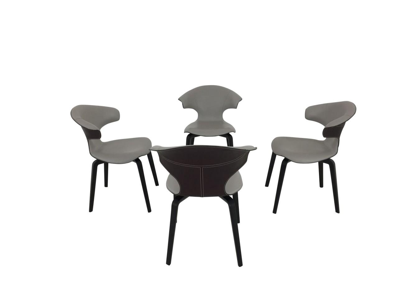 Poltrona Frau 4 Stück MONTERA Stühle mit Armteil im saddle extra Leder Moro und Leder SC Tortora