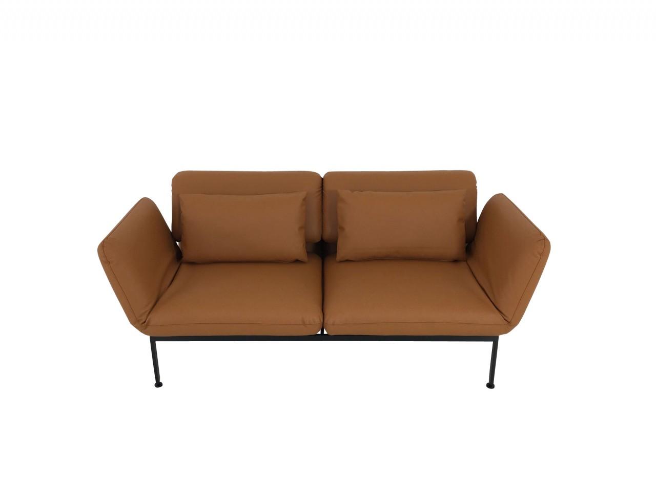 Brühl RORO medium Sofa im Leder Choise mit Drehsitzen und praktischen Rollen hinten