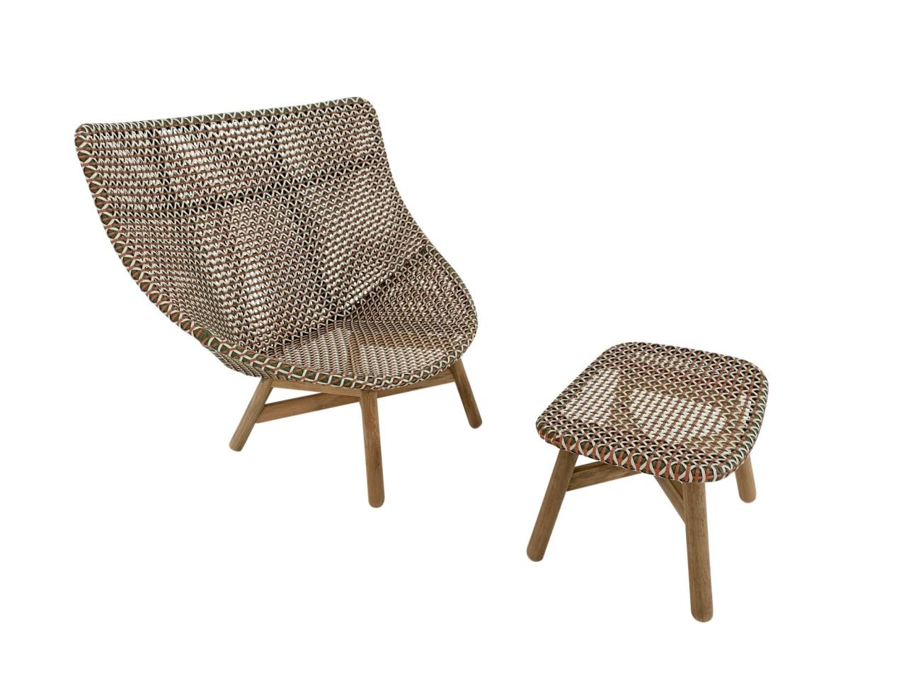 DEDON MBRACE WING CHAIR Hochlehner Sessel mit Hocker in der neuen Farbe chestnut