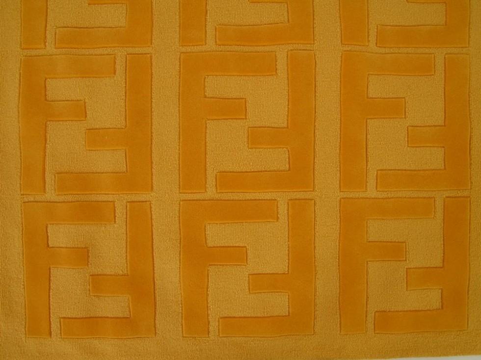 FENDI SIAM Teppich mit FF Logo in fendigelb